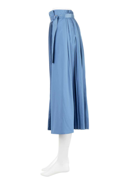 PleatedWrapSkirtプリーツ入り・ラップスカート大人カジュアルに最適な海外ファッションのothers(その他インポートアイテム)のボトムやスカート。柔らかく軽やかなポリエステル素材を使用したラッププリーツスカート。きれいなラインをキープしてくれる、程よいハリ感もおすすめポイントです。/main-7