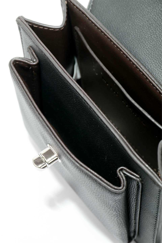 meliebiancoのLara(Black)ロングストラップ・スクエアショルダーバッグ/海外ファッション好きにオススメのインポートバッグとかばん、MelieBianco(メリービアンコ)のバッグやハンドバッグ。ミニバッグはカワイイけど財布が入らない・・・このバッグならお財布は要りません。コンパクトなボディにカードホルダーなどを備えたスグレモノです。/main-9