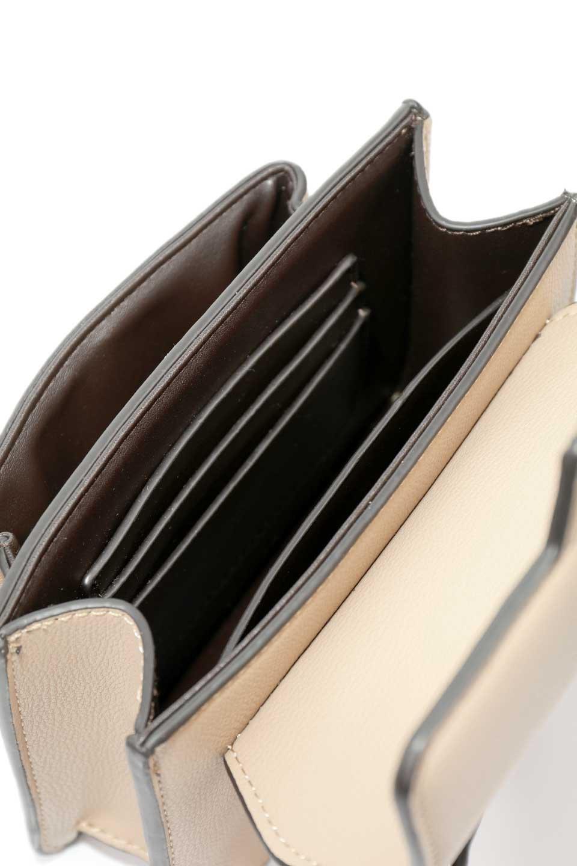 meliebiancoのLara(Nude)ロングストラップ・スクエアショルダーバッグ/海外ファッション好きにオススメのインポートバッグとかばん、MelieBianco(メリービアンコ)のバッグやハンドバッグ。ミニバッグはカワイイけど財布が入らない・・・このバッグならお財布は要りません。コンパクトなボディにカードホルダーなどを備えたスグレモノです。/main-11