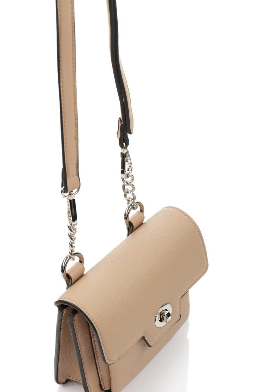 meliebiancoのLara(Nude)ロングストラップ・スクエアショルダーバッグ/海外ファッション好きにオススメのインポートバッグとかばん、MelieBianco(メリービアンコ)のバッグやハンドバッグ。ミニバッグはカワイイけど財布が入らない・・・このバッグならお財布は要りません。コンパクトなボディにカードホルダーなどを備えたスグレモノです。/main-6