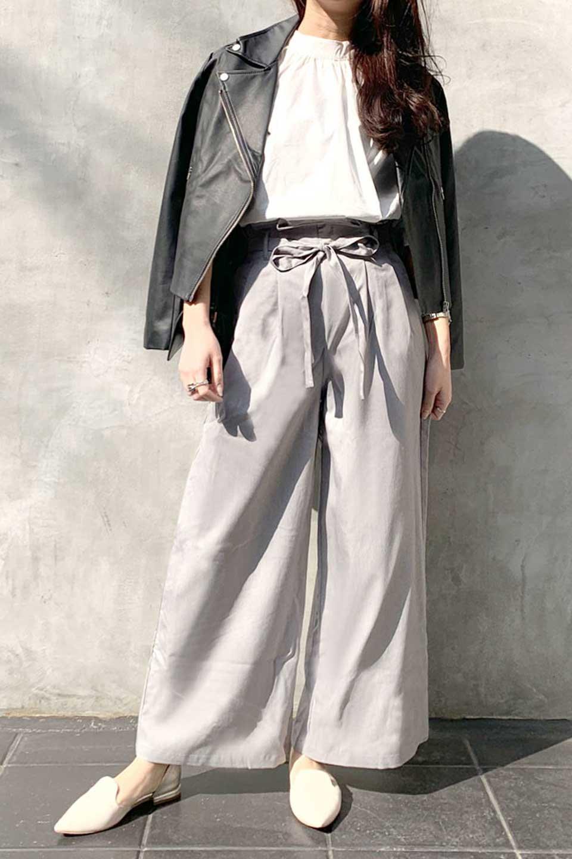 RibbonTiedWideLegPantsレーヨン混・リボンワイドパンツ大人カジュアルに最適な海外ファッションのothers(その他インポートアイテム)のボトムやパンツ。春らしいソフトな風合いの生地を使用したワイドパンツ。レーヨン混のサラリとした風合いのワイドパンツ。/main-16