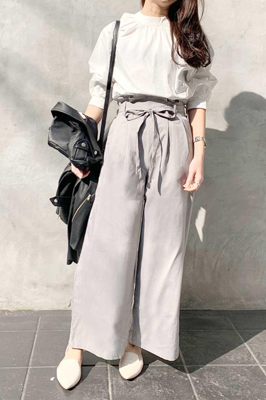 RibbonTiedWideLegPantsレーヨン混・リボンワイドパンツ大人カジュアルに最適な海外ファッションのothers(その他インポートアイテム)のボトムやパンツ。春らしいソフトな風合いの生地を使用したワイドパンツ。レーヨン混のサラリとした風合いのワイドパンツ。/main-19