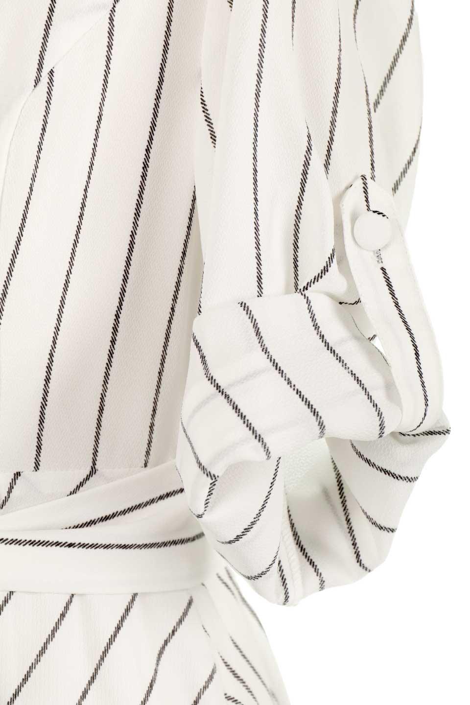 HandWrittenStripedShirtDressストライプ・シャツワンピースfromDenmark大人カジュアルに最適な海外ファッションのothers(その他インポートアイテム)のワンピースやミディワンピース。春夏の爽やかな時期にぴったりなシャツワンピース。大人っぽいスキッパーカラー、カジュアルなストライプ柄、ヒラヒラ揺れるフェミニンな裾のデザイン。/main-13
