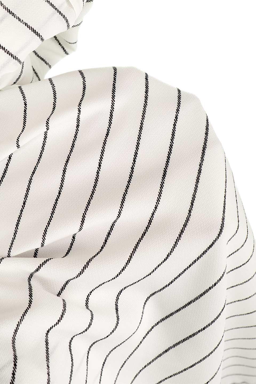 HandWrittenStripedShirtDressストライプ・シャツワンピースfromDenmark大人カジュアルに最適な海外ファッションのothers(その他インポートアイテム)のワンピースやミディワンピース。春夏の爽やかな時期にぴったりなシャツワンピース。大人っぽいスキッパーカラー、カジュアルなストライプ柄、ヒラヒラ揺れるフェミニンな裾のデザイン。/main-18