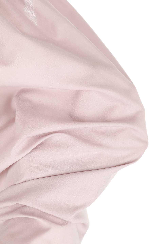 BackGatheredLoseBlouseバックギャザー・半袖ブラウス大人カジュアルに最適な海外ファッションのothers(その他インポートアイテム)のトップスやシャツ・ブラウス。春の装いにピッタリの大きめブラウス。背中のギャザーがバックスタイルを可愛く見せてくれます。/main-26