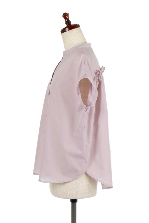BackGatheredLoseBlouseバックギャザー・半袖ブラウス大人カジュアルに最適な海外ファッションのothers(その他インポートアイテム)のトップスやシャツ・ブラウス。春の装いにピッタリの大きめブラウス。背中のギャザーがバックスタイルを可愛く見せてくれます。/main-7