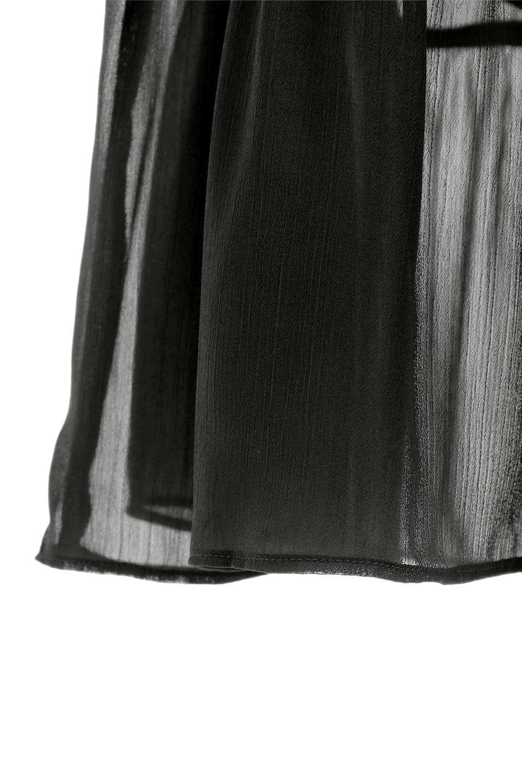 RuffleSleeveChiffonDressラッフルスリーブ・ロングドレスfromDenmark大人カジュアルに最適な海外ファッションのothers(その他インポートアイテム)のワンピースやマキシワンピース。肩のヒラヒラが可愛いブラックのロングドレス。素材はソフトで透け感のあるシフォン生地で安心のウエストゴム仕様。/main-13