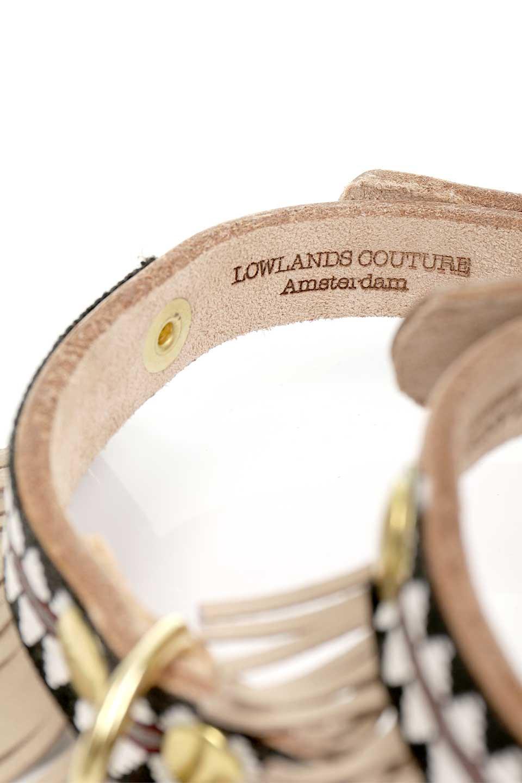 LowlandsCOUTUREのWildAtHeart#1ワイルドアットハート・本革フリンジドッグカラー/LowlandsCoutureのドッググッズや。アズテック柄とフリンジの組み合わせの本革ドッグカラー。ボヘミアンな雰囲気ムンムンの可愛い首輪です。/main-9