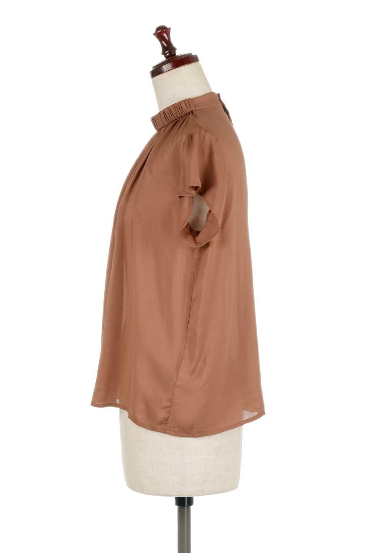 BackButtonGatherNeckBlouseバックボタン・ギャザーネックブラウス大人カジュアルに最適な海外ファッションのothers(その他インポートアイテム)のトップスやシャツ・ブラウス。ギャザーネックのドレープ感が特徴の半袖ブラウス。ゆとりのあるシルエットにチューリップスリーブの組み合わせも可愛いアイテム。/main-12