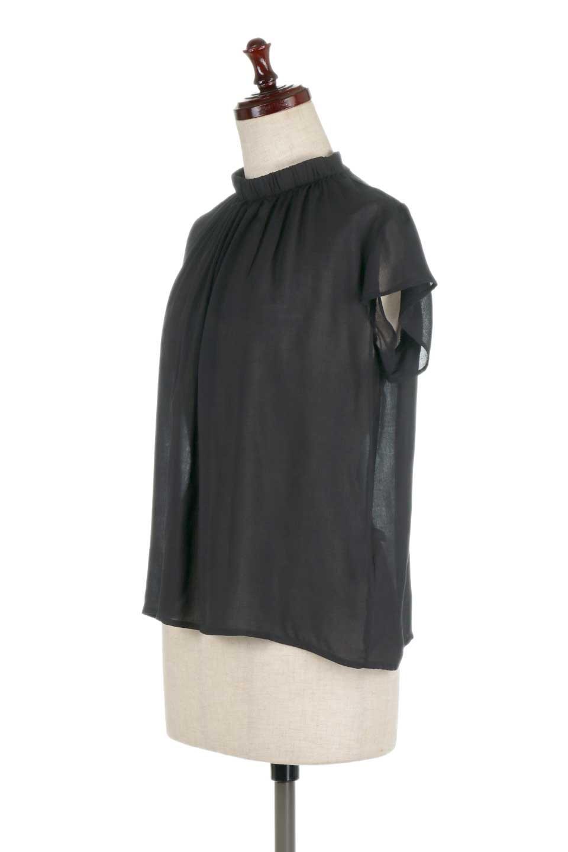 BackButtonGatherNeckBlouseバックボタン・ギャザーネックブラウス大人カジュアルに最適な海外ファッションのothers(その他インポートアイテム)のトップスやシャツ・ブラウス。ギャザーネックのドレープ感が特徴の半袖ブラウス。ゆとりのあるシルエットにチューリップスリーブの組み合わせも可愛いアイテム。/main-16