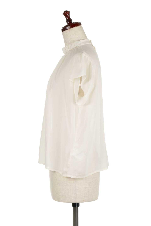 BackButtonGatherNeckBlouseバックボタン・ギャザーネックブラウス大人カジュアルに最適な海外ファッションのothers(その他インポートアイテム)のトップスやシャツ・ブラウス。ギャザーネックのドレープ感が特徴の半袖ブラウス。ゆとりのあるシルエットにチューリップスリーブの組み合わせも可愛いアイテム。/main-7