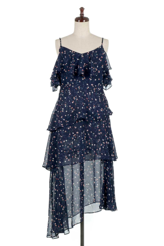 RuffleSleeveBotanicalPrintedDressラッフルスリーブ・ボタニカルワンピースfromDenmark大人カジュアルに最適な海外ファッションのothers(その他インポートアイテム)のワンピースやマキシワンピース。アシメントリーのティーアードシフォンが可愛いロングワンピース。幅広い層で人気の小花柄が目を引きます。