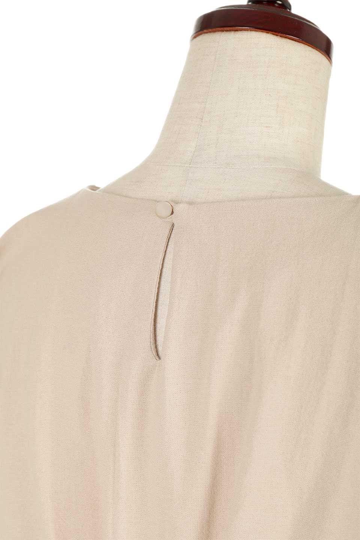 BackRibbonFrenchSleeveBlouseバックリボン付き・フレンチスリーブブラウス大人カジュアルに最適な海外ファッションのothers(その他インポートアイテム)のトップスやシャツ・ブラウス。短めのフレンチスリーブのリネンタッチ生地のブラウス。シンプルなボックス型のシルエットに腰部分のリボンのアクセントが可愛いアイテムです。/main-21