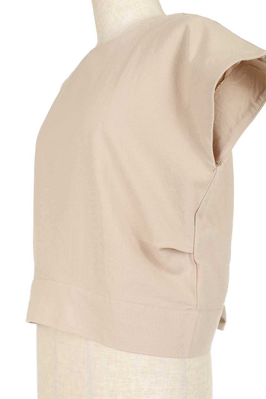 BackRibbonFrenchSleeveBlouseバックリボン付き・フレンチスリーブブラウス大人カジュアルに最適な海外ファッションのothers(その他インポートアイテム)のトップスやシャツ・ブラウス。短めのフレンチスリーブのリネンタッチ生地のブラウス。シンプルなボックス型のシルエットに腰部分のリボンのアクセントが可愛いアイテムです。/main-24