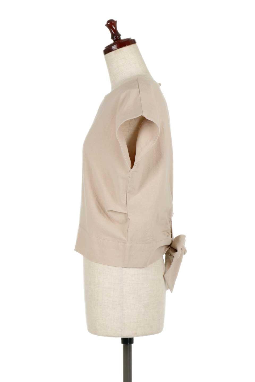 BackRibbonFrenchSleeveBlouseバックリボン付き・フレンチスリーブブラウス大人カジュアルに最適な海外ファッションのothers(その他インポートアイテム)のトップスやシャツ・ブラウス。短めのフレンチスリーブのリネンタッチ生地のブラウス。シンプルなボックス型のシルエットに腰部分のリボンのアクセントが可愛いアイテムです。/main-7