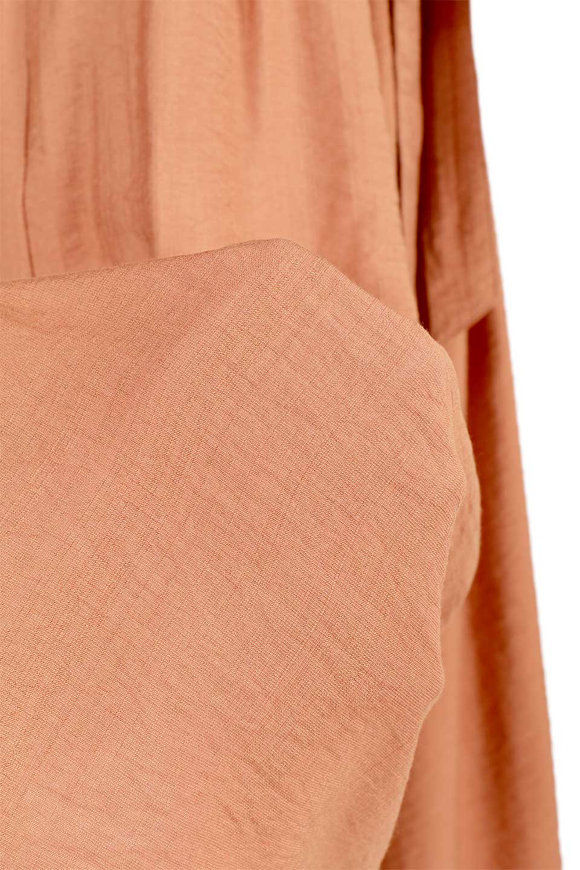 WideLegCroppedPantsクロップ丈・ワイドパンツ大人カジュアルに最適な海外ファッションのothers(その他インポートアイテム)のボトムやパンツ。サラリとした肌触りの短めワイドパンツ。レーヨン混でやや光沢のあるテロテロ素材が人気のアイテム。/main-21