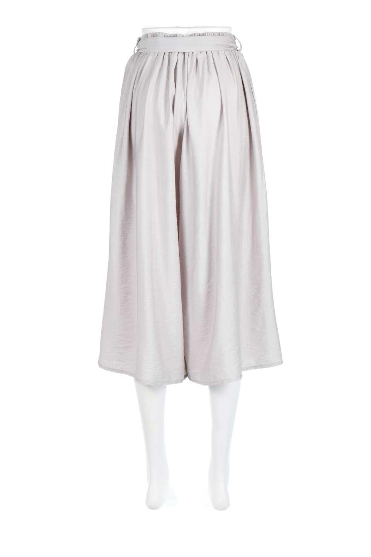 WideLegCroppedPantsクロップ丈・ワイドパンツ大人カジュアルに最適な海外ファッションのothers(その他インポートアイテム)のボトムやパンツ。サラリとした肌触りの短めワイドパンツ。レーヨン混でやや光沢のあるテロテロ素材が人気のアイテム。/main-9