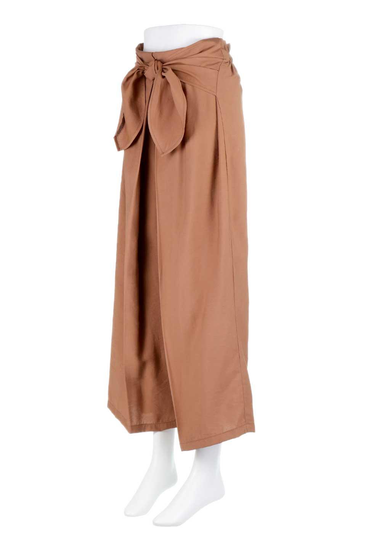 FrontRibbonDeepTuckWidePantsリボン付き・ワイドタックパンツ大人カジュアルに最適な海外ファッションのothers(その他インポートアイテム)のボトムやパンツ。フロントのリボンが特徴のワイドパンツ。ソフトな生地を使用した涼しげなアイテム。/main-11