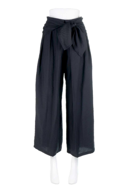 FrontRibbonDeepTuckWidePantsリボン付き・ワイドタックパンツ大人カジュアルに最適な海外ファッションのothers(その他インポートアイテム)のボトムやパンツ。フロントのリボンが特徴のワイドパンツ。ソフトな生地を使用した涼しげなアイテム。/main-15