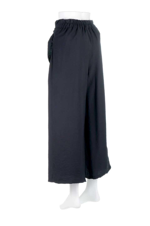 FrontRibbonDeepTuckWidePantsリボン付き・ワイドタックパンツ大人カジュアルに最適な海外ファッションのothers(その他インポートアイテム)のボトムやパンツ。フロントのリボンが特徴のワイドパンツ。ソフトな生地を使用した涼しげなアイテム。/main-18