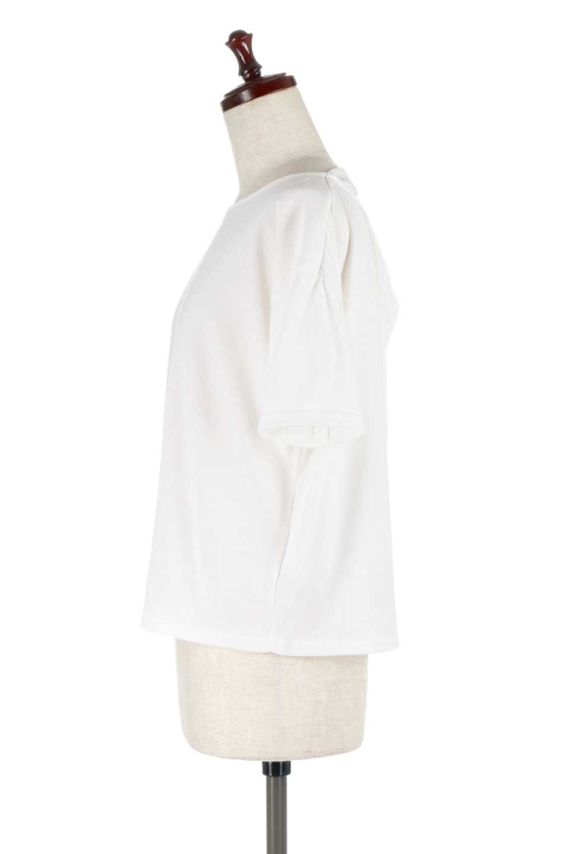 DrapeBackPull-overTopバックドレープ・カットソー大人カジュアルに最適な海外ファッションのothers(その他インポートアイテム)のトップスやシャツ・ブラウス。背中のドレープ感が可愛い半袖カットソー。やや厚めのTシャツ素材でこれからの季節におすすめのアイテムです。/main-7