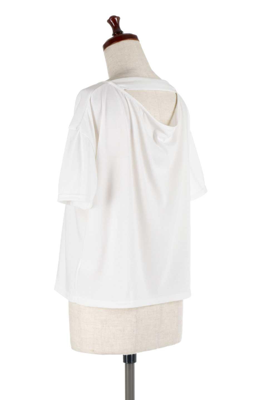 DrapeBackPull-overTopバックドレープ・カットソー大人カジュアルに最適な海外ファッションのothers(その他インポートアイテム)のトップスやシャツ・ブラウス。背中のドレープ感が可愛い半袖カットソー。やや厚めのTシャツ素材でこれからの季節におすすめのアイテムです。/main-8