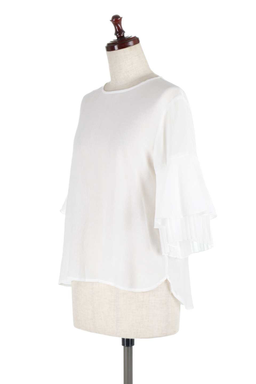 FauxLayeredPleatedSleeveTopプリーツスリーブ・フェイクレイヤードトップス大人カジュアルに最適な海外ファッションのothers(その他インポートアイテム)のトップスやシャツ・ブラウス。プリーツ入の袖が可愛いシフォンのブラウス。上品な透け感とフェミニンなディテールがオススメの4ポイントです。/main-6