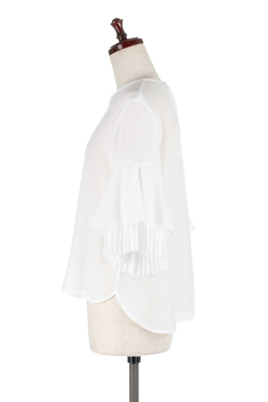 FauxLayeredPleatedSleeveTopプリーツスリーブ・フェイクレイヤードトップス大人カジュアルに最適な海外ファッションのothers(その他インポートアイテム)のトップスやシャツ・ブラウス。プリーツ入の袖が可愛いシフォンのブラウス。上品な透け感とフェミニンなディテールがオススメの4ポイントです。/main-8