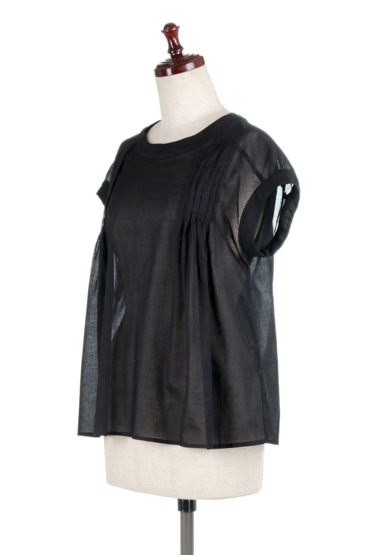 ShortSleeveTuckBlouseタック入り・半袖ブラウス大人カジュアルに最適な海外ファッションのothers(その他インポートアイテム)のトップスやシャツ・ブラウス。前後のタックがアクセントの大きめブラウス。あえてのスケ感がとても可愛いアイテムです。/main-16