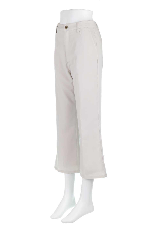 CroppedFlarePantsクロップド・フレアパンツ大人カジュアルに最適な海外ファッションのothers(その他インポートアイテム)のボトムやパンツ。程よい丈の長さのクロップドぱパンツ。膝から裾にかけてのフレアが綺麗なアイテムです。/main-5