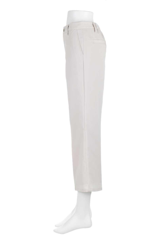 CroppedFlarePantsクロップド・フレアパンツ大人カジュアルに最適な海外ファッションのothers(その他インポートアイテム)のボトムやパンツ。程よい丈の長さのクロップドぱパンツ。膝から裾にかけてのフレアが綺麗なアイテムです。/main-6