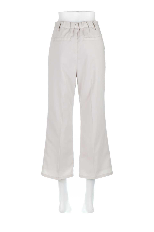 CroppedFlarePantsクロップド・フレアパンツ大人カジュアルに最適な海外ファッションのothers(その他インポートアイテム)のボトムやパンツ。程よい丈の長さのクロップドぱパンツ。膝から裾にかけてのフレアが綺麗なアイテムです。/main-8