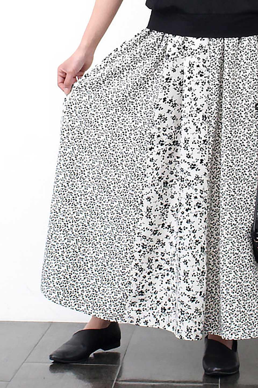 FloralPrintedPanelSkirt花柄・パネル切り替えスカート大人カジュアルに最適な海外ファッションのothers(その他インポートアイテム)のボトムやスカート。2種類の花柄プリントが可愛いマキシスカート。薄手でサラサラとした肌触りの生地で涼しげなスカートです。/main-14