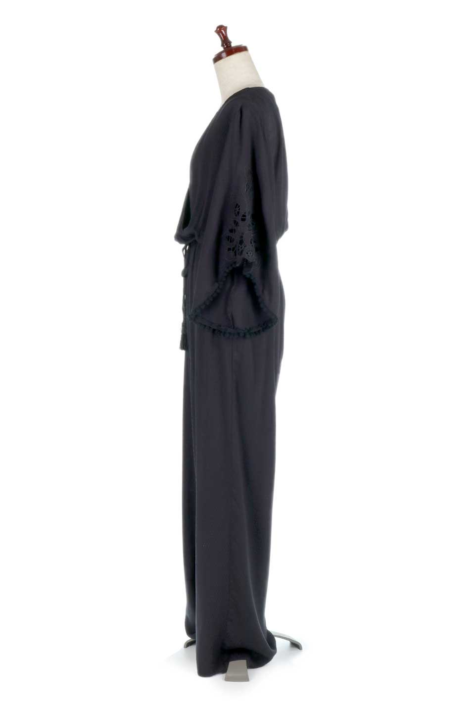 LOVESTITCHのCarineCrochetSleeveJumpsuitカットレーススリーブ・ブラックジャンプスーツ/海外ファッションが好きな大人カジュアルのためのLOVESTITCH(ラブステッチ)のボトムやロンパース類。カジュアルでありながらキリッとクールな雰囲気のジャンプスーツ。大人っぽく色っぽいブラックカジュアル好きにはたまらないアイテムです。/main-2
