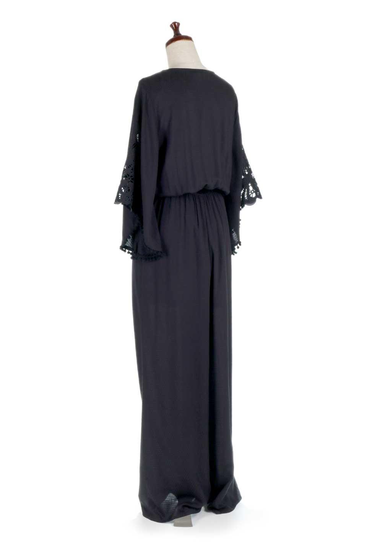 LOVESTITCHのCarineCrochetSleeveJumpsuitカットレーススリーブ・ブラックジャンプスーツ/海外ファッションが好きな大人カジュアルのためのLOVESTITCH(ラブステッチ)のボトムやロンパース類。カジュアルでありながらキリッとクールな雰囲気のジャンプスーツ。大人っぽく色っぽいブラックカジュアル好きにはたまらないアイテムです。/main-3