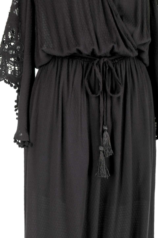 LOVESTITCHのCarineCrochetSleeveJumpsuitカットレーススリーブ・ブラックジャンプスーツ/海外ファッションが好きな大人カジュアルのためのLOVESTITCH(ラブステッチ)のボトムやロンパース類。カジュアルでありながらキリッとクールな雰囲気のジャンプスーツ。大人っぽく色っぽいブラックカジュアル好きにはたまらないアイテムです。/main-9