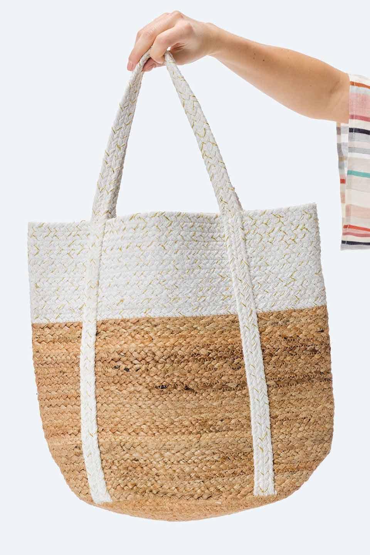 LOVESTITCHのPuertoVallartaJuteToteコットン&ジュート・ラメ入りトートバッグ/海外ファッションが好きな大人カジュアルのためのLOVESTITCH(ラブステッチ)のバッグやトートバッグ。手編みのラメ入りコットンとジュート素材のトートバッグ。優しい風合いのコットン部分と耐久性に優れたジュートの機能美あふれる夏用トートバッグです。/main-14