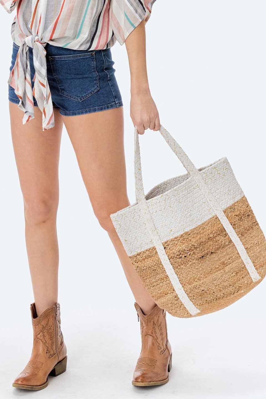 LOVESTITCHのPuertoVallartaJuteToteコットン&ジュート・ラメ入りトートバッグ/海外ファッションが好きな大人カジュアルのためのLOVESTITCH(ラブステッチ)のバッグやトートバッグ。手編みのラメ入りコットンとジュート素材のトートバッグ。優しい風合いのコットン部分と耐久性に優れたジュートの機能美あふれる夏用トートバッグです。/main-16