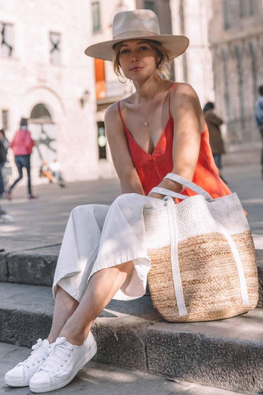 LOVESTITCHのPuertoVallartaJuteToteコットン&ジュート・ラメ入りトートバッグ/海外ファッションが好きな大人カジュアルのためのLOVESTITCH(ラブステッチ)のバッグやトートバッグ。手編みのラメ入りコットンとジュート素材のトートバッグ。優しい風合いのコットン部分と耐久性に優れたジュートの機能美あふれる夏用トートバッグです。/main-17