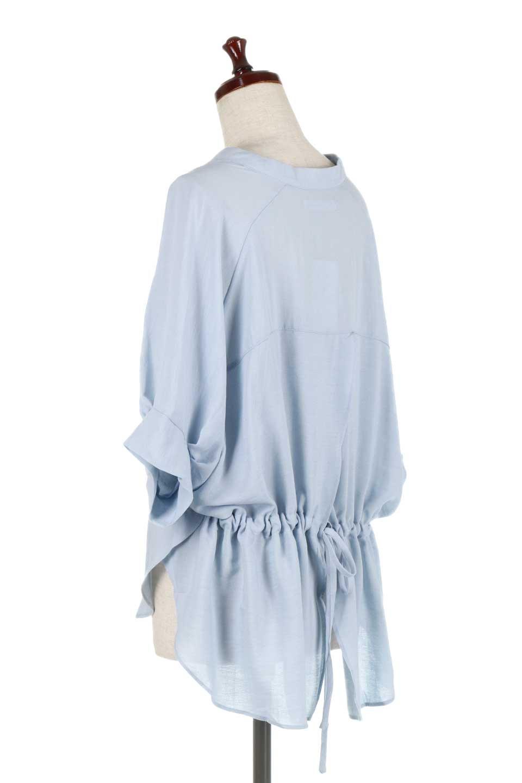 DolmanSleeveBackTiedBlouseドルマンスリーブ・バックリボンブラウス大人カジュアルに最適な海外ファッションのothers(その他インポートアイテム)のトップスやシャツ・ブラウス。バックスリットデザインとドロストのギャザー感が後ろ姿も美しく見せてくれるドルマンブラウス。程よいネックの抜け感が今年らしいトップス。/main-13