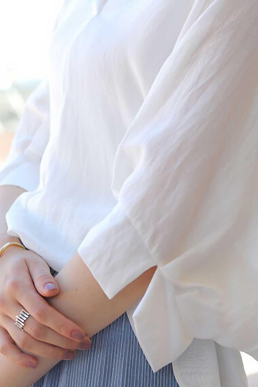 DolmanSleeveBackTiedBlouseドルマンスリーブ・バックリボンブラウス大人カジュアルに最適な海外ファッションのothers(その他インポートアイテム)のトップスやシャツ・ブラウス。バックスリットデザインとドロストのギャザー感が後ろ姿も美しく見せてくれるドルマンブラウス。程よいネックの抜け感が今年らしいトップス。/main-27
