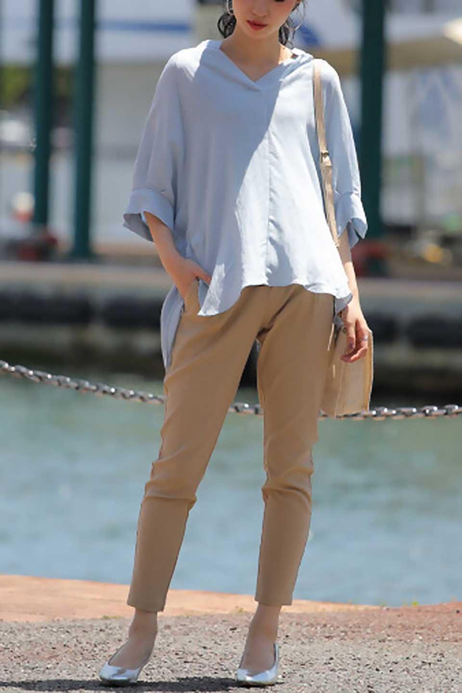 DolmanSleeveBackTiedBlouseドルマンスリーブ・バックリボンブラウス大人カジュアルに最適な海外ファッションのothers(その他インポートアイテム)のトップスやシャツ・ブラウス。バックスリットデザインとドロストのギャザー感が後ろ姿も美しく見せてくれるドルマンブラウス。程よいネックの抜け感が今年らしいトップス。/main-31