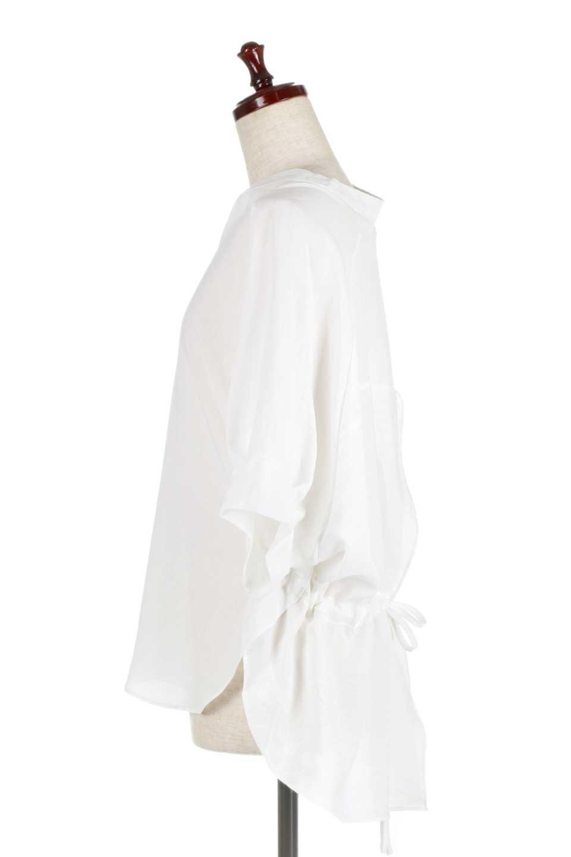 DolmanSleeveBackTiedBlouseドルマンスリーブ・バックリボンブラウス大人カジュアルに最適な海外ファッションのothers(その他インポートアイテム)のトップスやシャツ・ブラウス。バックスリットデザインとドロストのギャザー感が後ろ姿も美しく見せてくれるドルマンブラウス。程よいネックの抜け感が今年らしいトップス。/main-7