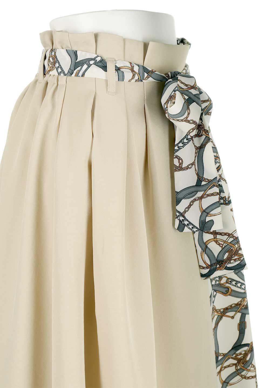 ScarfPanelLongSkirtスカーフ柄・切り替えスカート大人カジュアルに最適な海外ファッションのothers(その他インポートアイテム)のボトムやスカート。スカーフ柄の切り替えが可愛い切り替えスカート。カジュアル感のある上品さが大人気のロングスカートです。/main-16