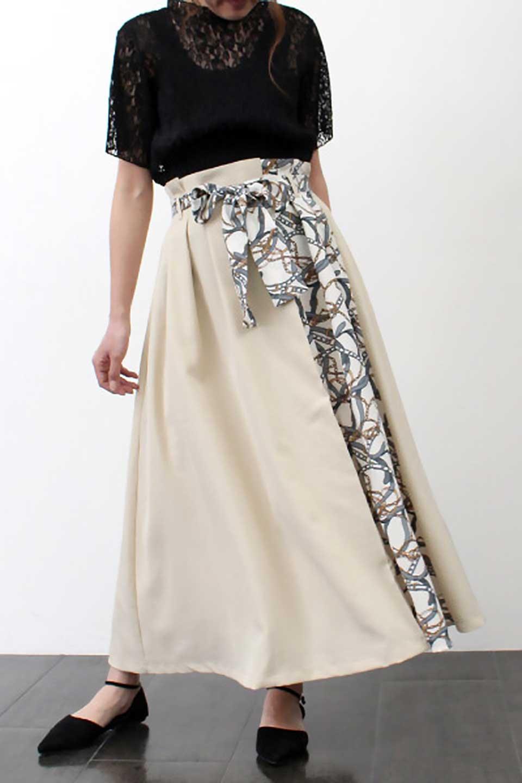 ScarfPanelLongSkirtスカーフ柄・切り替えスカート大人カジュアルに最適な海外ファッションのothers(その他インポートアイテム)のボトムやスカート。スカーフ柄の切り替えが可愛い切り替えスカート。カジュアル感のある上品さが大人気のロングスカートです。/main-23
