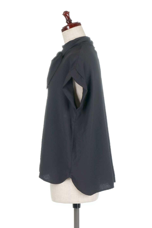 RibbonTiedHighNeckBlouseスカーフネックブラウス大人カジュアルに最適な海外ファッションのothers(その他インポートアイテム)のトップスやシャツ・ブラウス。話題のスカーフネックがポイントのブラウス。暑い時期にちょうどよい張りのある生地は風通しもよく涼し気なアイテムです。/main-17