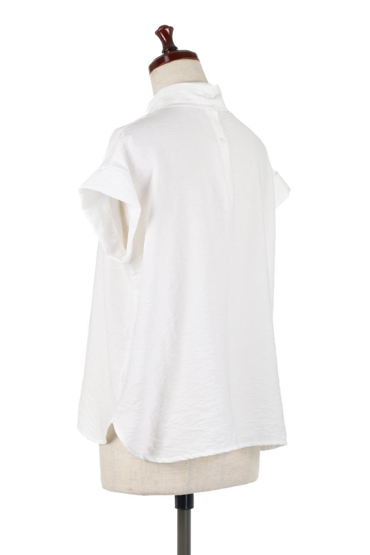 RibbonTiedHighNeckBlouseスカーフネックブラウス大人カジュアルに最適な海外ファッションのothers(その他インポートアイテム)のトップスやシャツ・ブラウス。話題のスカーフネックがポイントのブラウス。暑い時期にちょうどよい張りのある生地は風通しもよく涼し気なアイテムです。/main-8