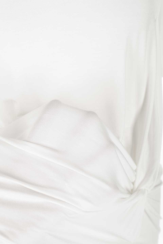 L.A.直輸入のFrontKnotAsymmetricalSmoothTopクロスデザイン・バタフライスリーブT大人カジュアルに最適な海外ファッションのothers(その他インポートアイテム)のトップスやカットソー。フロントのネジリが可愛いスムース素材のカットソー。ひらひらのバタフライスリーブがテロテロ素材を引き立てて女性らしい着こなしが楽しめます。/main-10