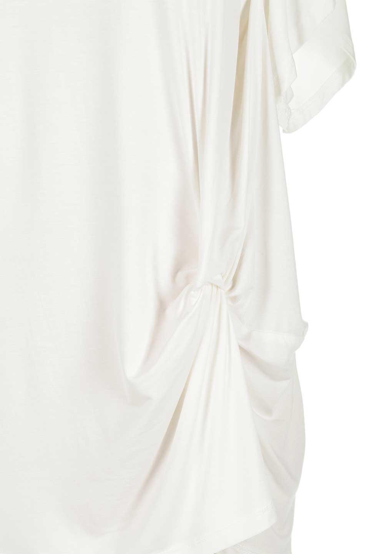 L.A.直輸入のFrontKnotAsymmetricalSmoothTopクロスデザイン・バタフライスリーブT大人カジュアルに最適な海外ファッションのothers(その他インポートアイテム)のトップスやカットソー。フロントのネジリが可愛いスムース素材のカットソー。ひらひらのバタフライスリーブがテロテロ素材を引き立てて女性らしい着こなしが楽しめます。/main-9