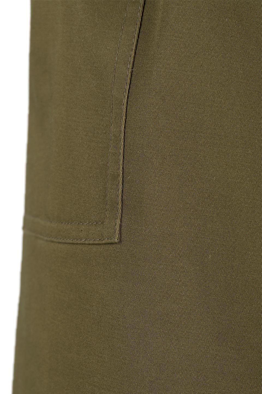AsymmetricalPleatedCargoSkirtプリーツ&カーゴポケット・アシメントリースカート大人カジュアルに最適な海外ファッションのothers(その他インポートアイテム)のボトムやスカート。ミリタリーテイストをアレンジしたアシメントリーなデザインのロングスカート。ミリタリーやワーク風のハードな雰囲気と、膝下から伸びる丸みを帯びたカットから覗くフェミニンなプリーツの甘辛コンビネーション。/main-15